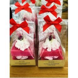 CHRISTMAS LIMITED EDITION - ROSE CAKE SOAP